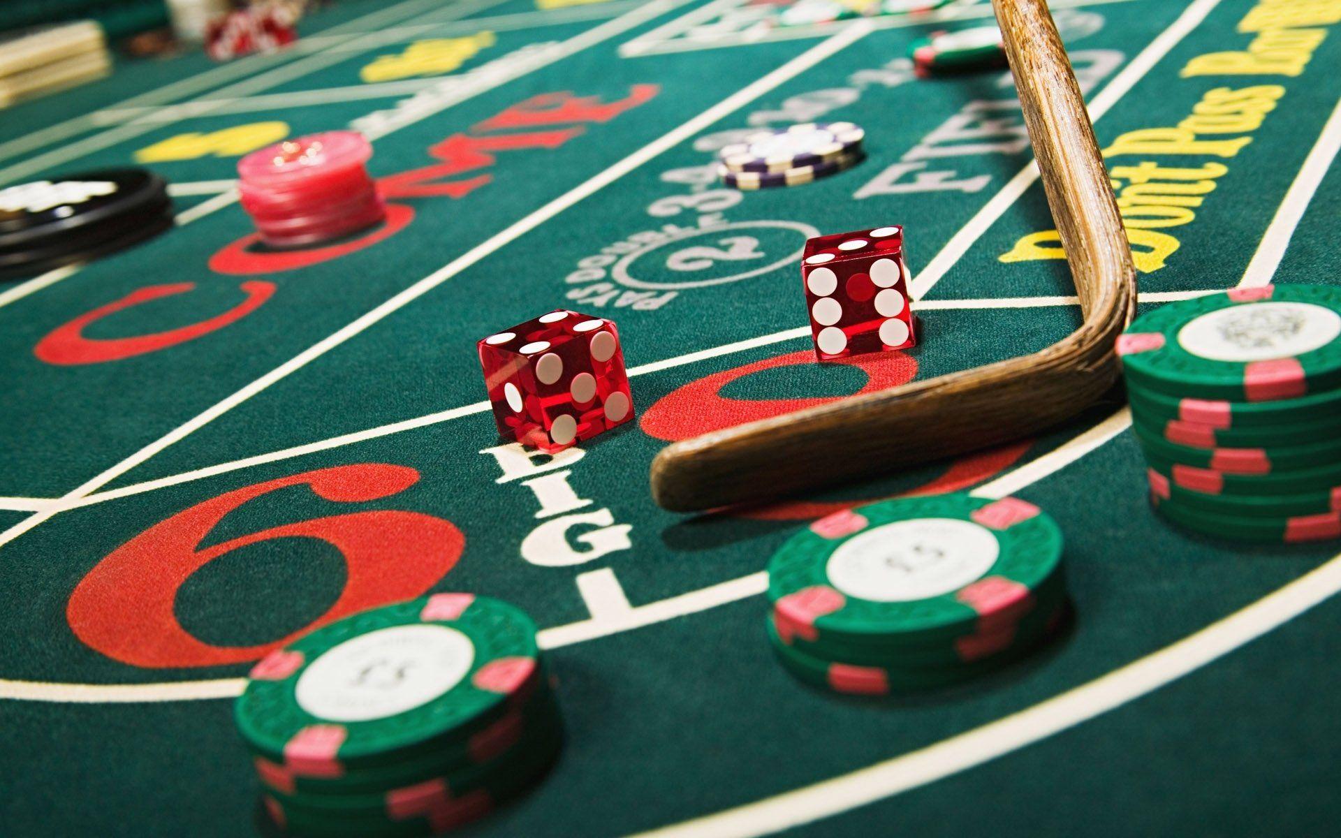 Street Discuss Casino Game